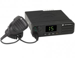 Автомобильная Радиостанция Motorola DM4400 136-174 МГц, 99 кан., 25-45 Вт MDM28JQC9JA2AN
